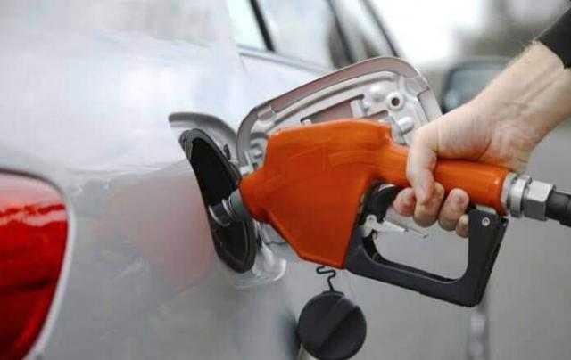 هل يمكن وضع أكثر من نوع بنزين في سيارتي؟! إليك الحل
