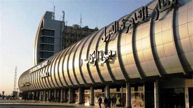 جمارك مطار القاهرة تحبط محاولة تهريب 10 الاف قرص مخدر