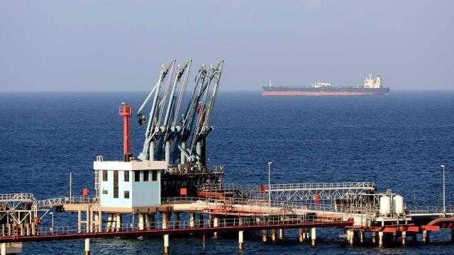 مؤسسة النفط الليبية: عودة حركة العمل في مرفأي السدرة و رأس لانوف إلى طبيعتها