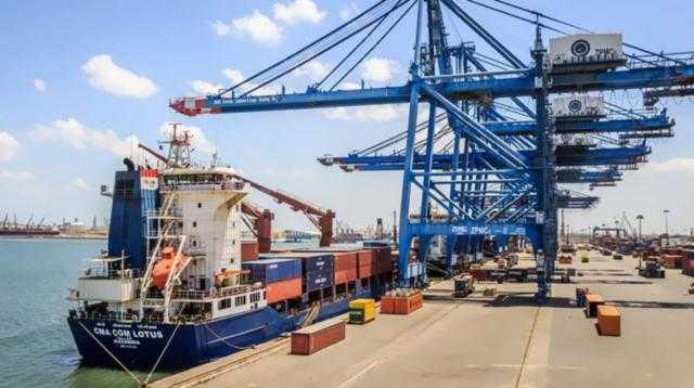 ميناء دمياط يستقبل 26 سفينة للحاويات والبضائع العامة خلال 24 ساعة