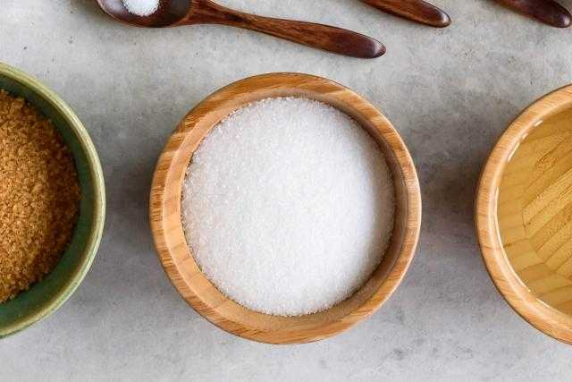 عقود السكر الأبيض الآجلة تسجل أعلى انخفاض هذا الأسبوع بنهاية تسويات لندن