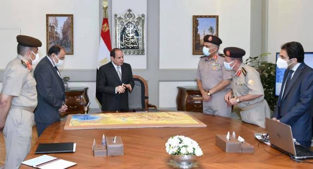 الرئيس السيسي يجتمع بقادة الهيئة الهندسية