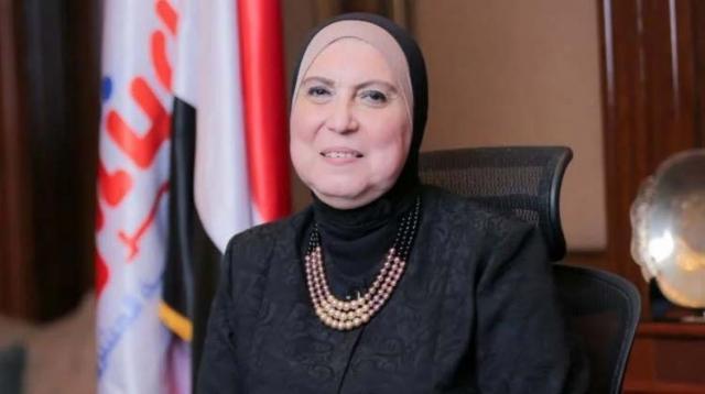 نيفين جامع - وزيرة التجارة والصناعة