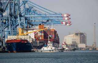 ميناء دمياط يستقبل ناقلة غاز يونانية لنقل 61 ألف طن غاز